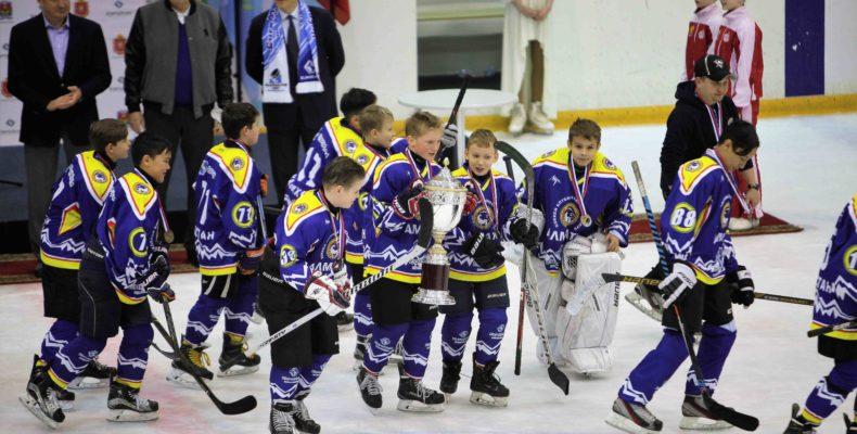 Детская команда «Алматы 2005» стала победителем международного турнира по хоккею «EuroChem 2017»
