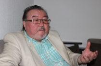 Казахстанский поэт Есдаулет Улугбек отказался от гонорара за антиядерный гимн