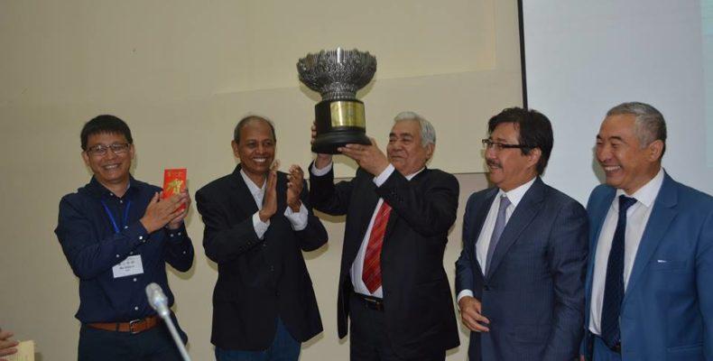 Международную Премию мира имени дунганского мореплавателя Чжэн Хэ вручили Кажимхану Масимову