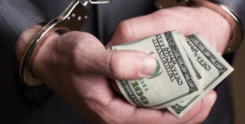 Чиновники рассказали, как они борются с коррупцией