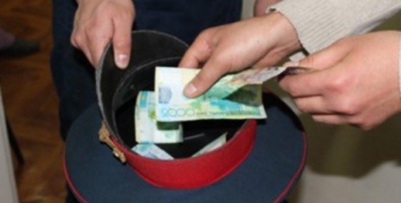 Жамбылский полицейский не взял взятку от водителя