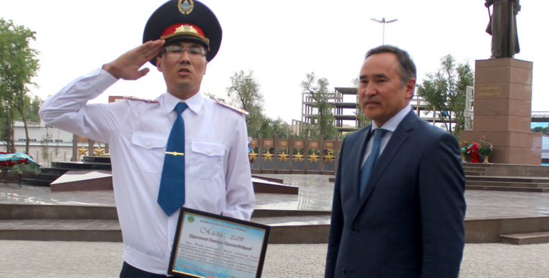 Участников реконструкции парка «Женис» наградили в Таразе