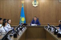 Аким Жамбылской области Аскар Мырзахметов поздравил призеров летних Азиатских игр