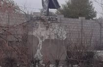 Вандалы разгромили памятник Ленину в Таразе