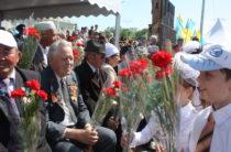 В жамбылской полиции почтили героев Победы в Великой Отечественной войне