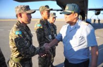 Военную команду Казахстана, летевшую с соревнований в Монголии, встретили в Таразе