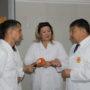 Депутат мажилиса в Таразе посетил кондитерскую фабрику