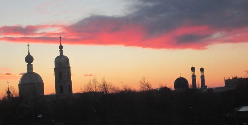 Шоу-феерия в небе над Таразом