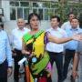 Аким города Тараза Кайрат Досаев посетил недовольных своим многоквартирным домом жителей