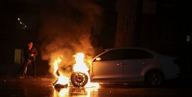 Водитель поблагодарил жамбылских полицейских за оказанную помощь