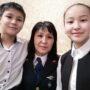 В Таразе с Днем семьи поздравила полицейских вдова погибшего сотрудника