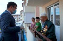 Необходимо лично поздравить каждого участника Великой Отечественной войны и труженика тыла — Бердибек Сапарбаев