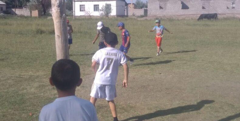 ВНЕ ИГРЫ: Как жамбылские чиновники детей футбола лишили