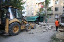 Немедленная реакция: Сапарбаев разобрался с заменой бордюров в городе