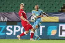 «Давайте проявим единство». Футболисты «Тараза» призывают поддержать Суюмбаева