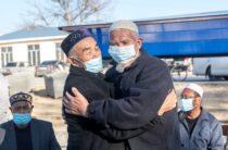 Фоторепортаж: Как Кордай возвращается к мирной жизни