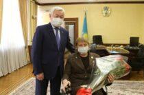 Поздравление с 55-летием от Главы государства получила Паралимпийская чемпионка Зульфия Габидуллина