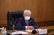 Будущее страны в руках учителей — Бердибек Сапарбаев