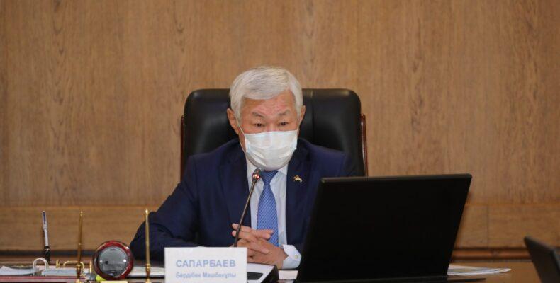 Бердибек Сапарбаев дал поручения по ценам на продтовары и освоению бюджетных средств