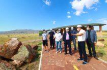 Вопросы инфраструктуры туристических объектов решал Бердибек Сапарбаев