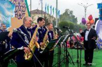Как любимый жамбылцами народный эстрадный оркестр «Жибек жолы» оказался на улице