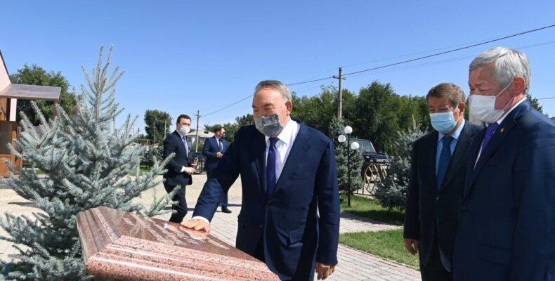 Зачем Нурсултан Назарбаев посетил Жамбылскую область