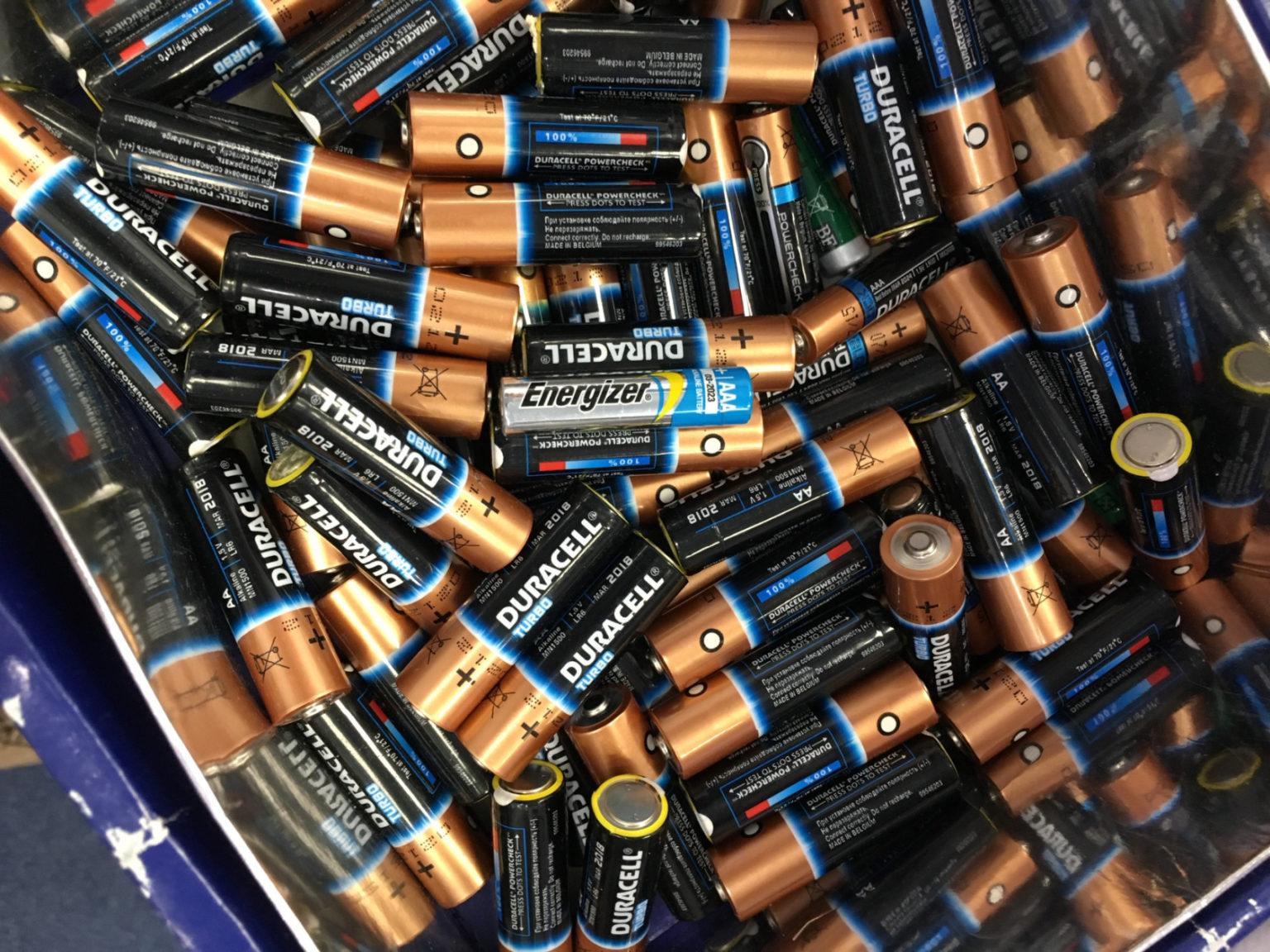 9 млн. тенге за 10 пальчиковых батареек