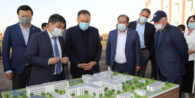 Вице-премьер Ералы Тугжанов ознакомился с ходом восстановительных работ в Байзакском районе