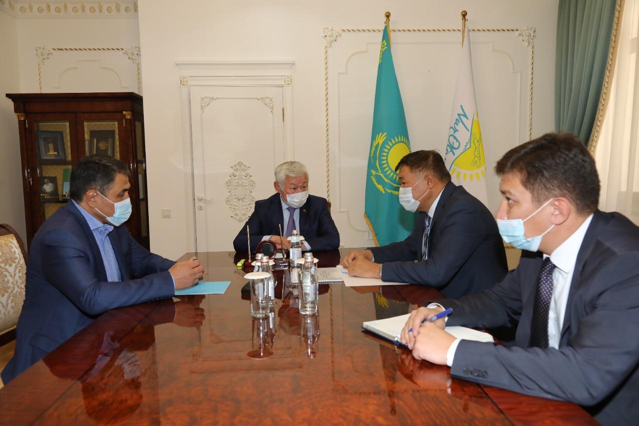 Бердибек Сапарбаев встретился с Чрезвычайным и Полномочным Послом РК в Кыргызстане