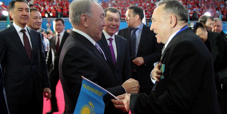 Добрый дух освятит будущее древнего города —  Нурсултан Назарбаев в Таразе