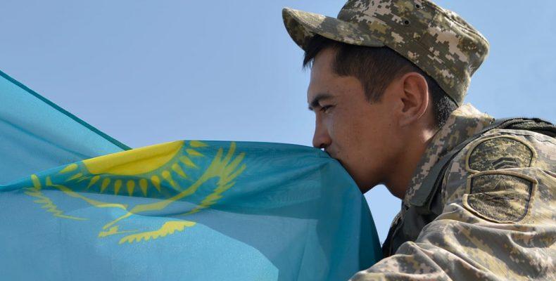 Казахстанские артиллеристы, связисты и специалисты по беспилотникам стали первыми в «АрМИ-2019»
