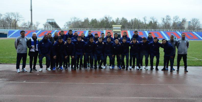 Футбольный клуб «Тараз» провел презентацию нового состава команды