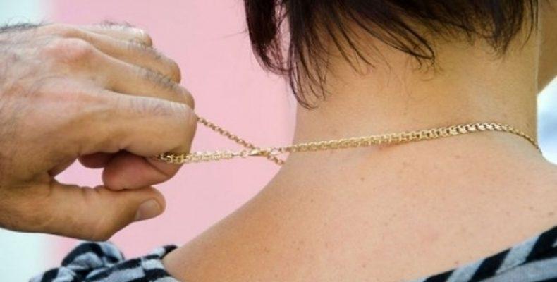 Похититель признался в краже золотой цепочки в Таразе