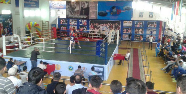 В Таразе продолжается международный турнир по боксу