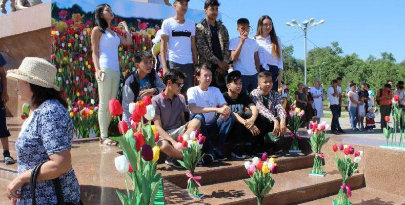 Аким области раскритиковал фестиваль тюльпанов и состояние туризма