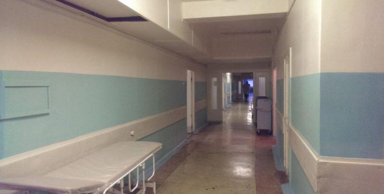 Мойынкумские врачи живут в больничных палатах