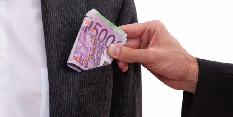 Аналитика: как жамбылцы зарабатывают на коррупции
