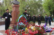 Память народного героя Газиза Байтасова почтили в Таразе