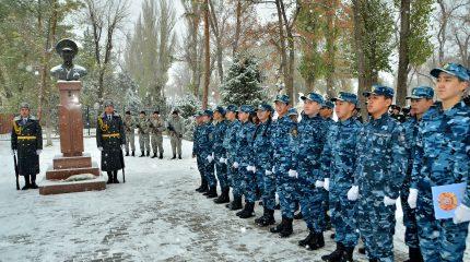 В Таразе почтили память Халық Қаһарманы Газиза Байтасова