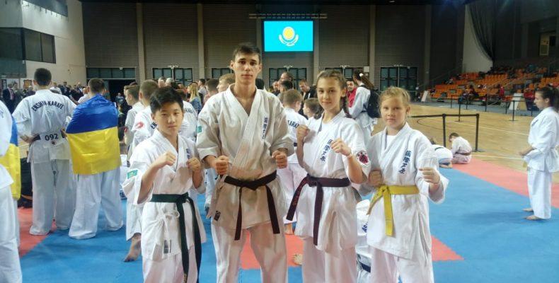 Сборная Казахстана по каратэ завоевала серебро мирового первенства