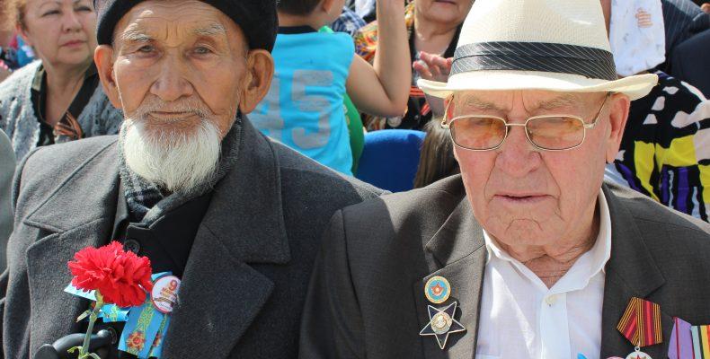 По 300 тысяч тенге выплатят в честь Дня Победы ветеранам Жамбылской области