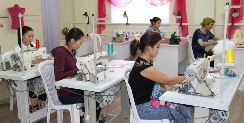 Центр обучения швейному делу открыли в Таразе