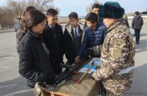 День открытых дверей для школьников Тараза провели военнослужащие