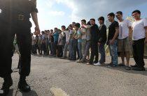 Более двадцати незаконных мигрантов выдворили из Жамбылской области
